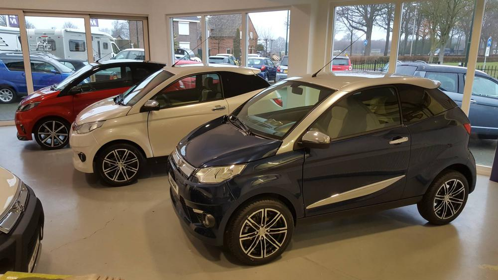 Showroom Brommobielen