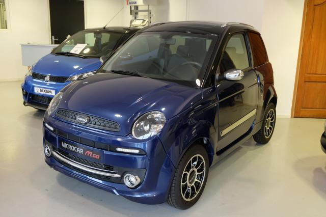 Microcar brommobiel in showroom
